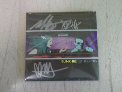 Blink 182, California, NEW/MINT Deluxe edition double CD in HAND SIGNED SLEEVE