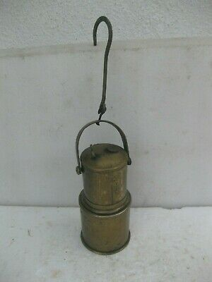 Antiguo y raro carburo en bronce