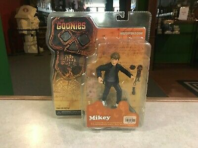 """2007 Mezco Toyz The Goonies 7"""" Scale Series 1 MIKEY Action Figure MOC"""
