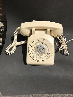 NOS 1969 Ivory Western Electric Bell System 500 Rotary Telephone