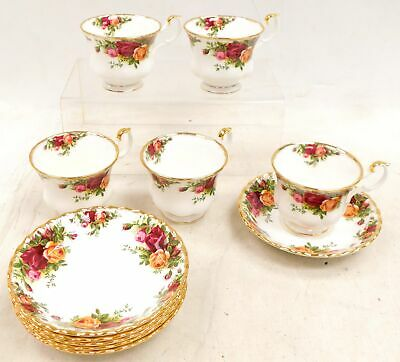 11 pcs ROYAL ALBERT 'Old Country Roses' Bone China TEA CUPS & SAUCERS - C28