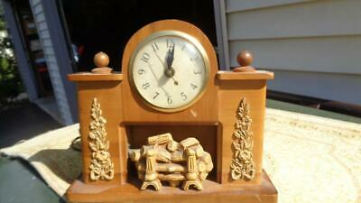 Vintage Wooden United Lighted Fireplace Clock Model 419 Tested Working 10x10""
