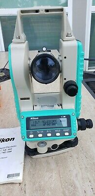 Nikon NE 100 Electronic Digital Theodolite Construction W Case & tripod