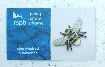 RSPB SHORT HAIRED BUMBLEBEE charity pin badge GNAH BRAND NEW DESIGN CARD