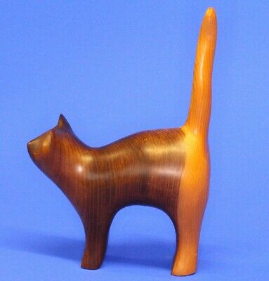 Carved Treen Wooden Yew Cat by John Fox (signed) 17cm tall EAR CHIP *[17023]