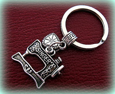 KEYCHAIN Jewelry Quilter FEATHERWEIGHT style Jewelry SINGER Sewing Machine