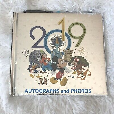 Disney Parks Mickey & Friends 2019 Autograph & Photo Book With Pen NEW