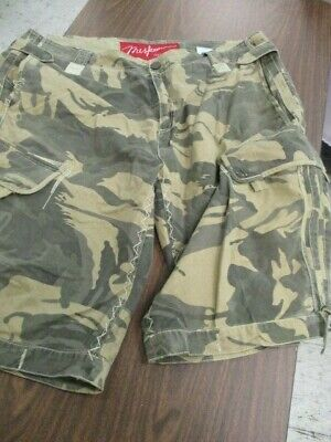 NWT Mens Camouflage Cargo Shorts With A Belt Size 42