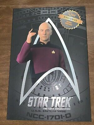 CAPTAIN JEAN-LUC PICARD Star Trek QMx 1:6 Master Series Figure + Phaser Rifle