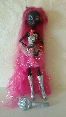 Monster High Catty Noir 13 Wishes Black Cat Doll