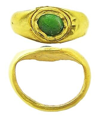 1st - 3rd century A.D. Ancient Roman gold finger ring for a child emerald paste