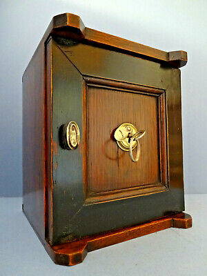 RARE VICTORIAN ANTIQUE SOLID OAK DESK-TOP LETTER SAFE BOX & KEY, c 1870-1880.