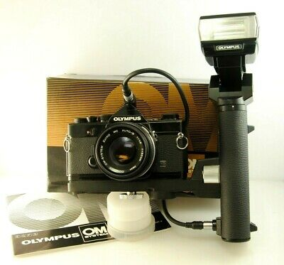 Olympus Power Bounce Grip 2 w/ T20 flash & Auto Cord for OM System
