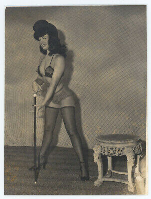 Vintage 1950s Bettie Page, Charles M. Basson Unpublished Rare Pin-Up Photograph