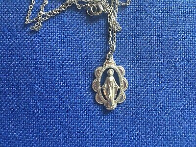 Very Pretty Vintage Sterling Silver Catholic Cut Out MIRACULOUS MEDAL & Chain