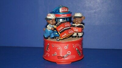 """COCA-COLA BUSY BOTTLERS MINI ACTION MUSICAL """".. BUY THE WORLD A COKE """" by ENESCO"""