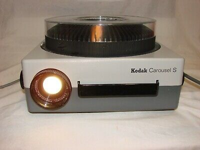 Kodak Carousel S Germany Slide Projector, Remote Control, Manual, Case, Globes