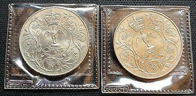 Lot of 2x 1977 Great Britain Crowns - Great Condition