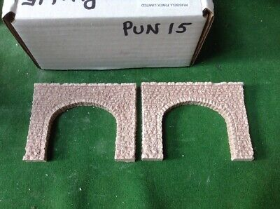 N Scale Tunnel portals X 2 -Twin Track -Rough Stone Style, Pre Painted (PUN15)