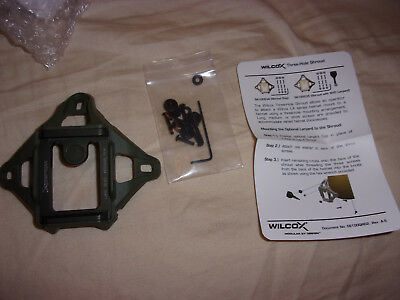 Wilcox 56100G34 L4 Wilcox Three-Hole Shroud Assembly * NEW * GREEN