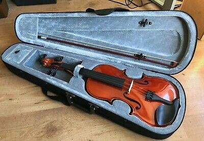 Superb Full Size Student 4/4 Size Violin With Case, Bow & DVD Hardly Used