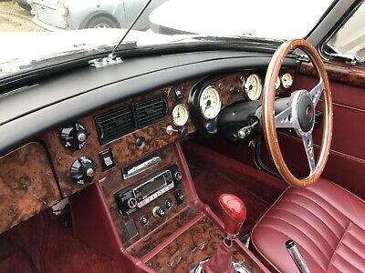 Mgb & Gt 1975 - 1976 + V8 Walnut  Wood Dash Trim Kit