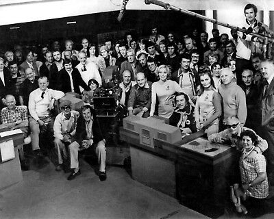 "SPACE 1999 Cast 10"" x 8"" Photograph"