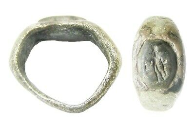 3rd century A.D. Ancient Roman silver intaglio ring of Mercury with money purse