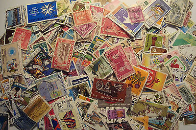 Quality Packet of 500 Different Used New Zealand Stamps~Collection~UK Seller