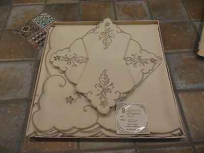 Vintage Leacock Hand Embroidery Tablecloth 43/43 w/Napkins Portugal/Box Linen