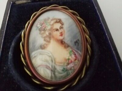 Beautiful Large Antique  Portrait  Brooch Pin Hand Painted And Signed Victorian