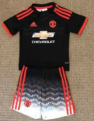 Boys Manchester United third kit size 4-5 years Adidas 2015-2016