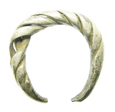 9th - 10th century A.D Scandinavian Viking twisted silver finger ring size 6