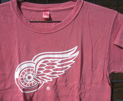 (M) Ladies Miller Lite Beer T Shirt DETROIT RED WINGS Hockey NHL Bar Waitress MD