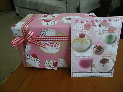 Cherry Bathe Well Gift Pack,Containing 5 Different Scents Bnwt