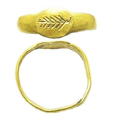 Ancient Roman Gold Finger Ring Victory Palm Fond c. 2nd century A.D. Excavated