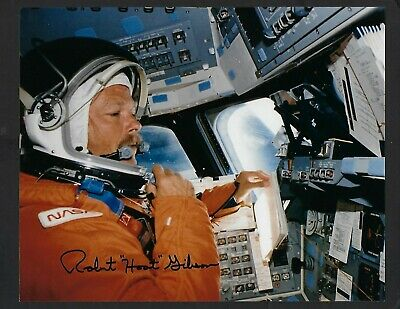 "Robert ""Hoot"" Gibson signed 8""x 10"" Photograph NASA Shuttle Astronaut pose 2"