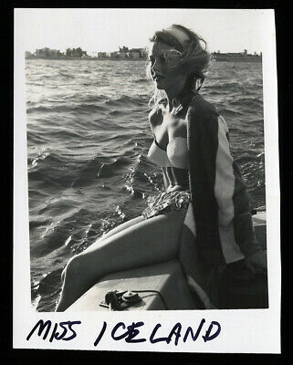 Bunny Yeager Estate '50s Snapshot Photograph Pretty Pin-up Miss Iceland Nautical