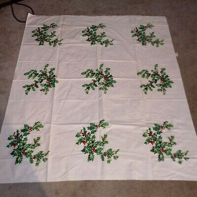 "Vintage Wilendur Christmas Holly Leaves Berries Print Tablecloth 48""X54"""