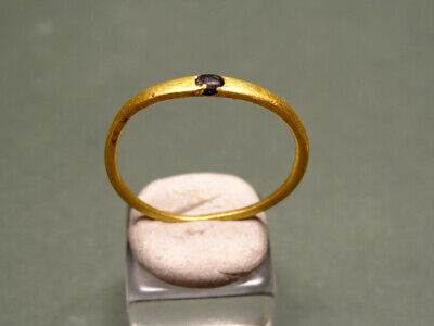 Greco-Roman Gold Ring With A Stone 400-150 Bc