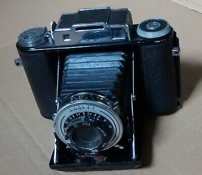 AGIFOLD  CAMERA  bellows folding camera. 9cm  4.5f lens..