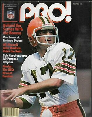 Pro! The Magazine Of The Nfl~December 1981~Brian Sipe~Cleveland Browns~Complete