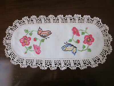 Gorgeous Pink Roses And Butterflies Hand Embroidered Sandwich Tray Doiley