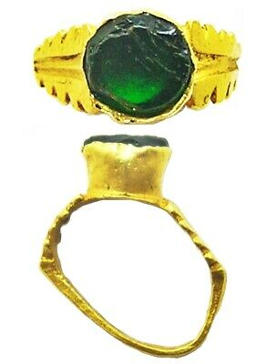 2nd - 3rd century AD Ancient Roman Gold & Emerald Finger Ring Henig type VIII