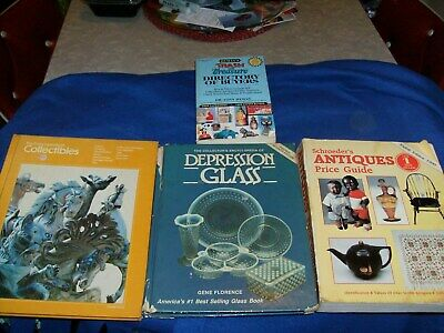 Books Of  Antique Price Guide, Collectibles,Depression Glass,Directory Of Buyers