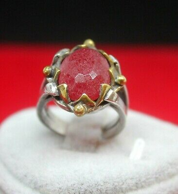 Medieval Style 925 Silver Ring with Grainy Red Jade & 22K Gold Detail - Size 8.5