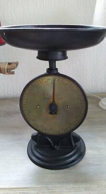 ancienne balance SALTER's Family Scale jusque 15 kg, support en fonte (+/- 1900)