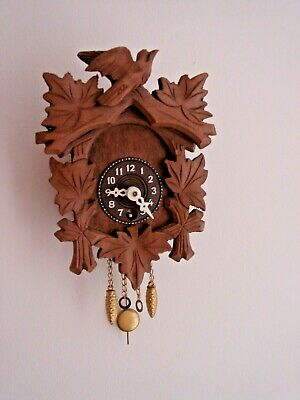 Vintage Small Wind Up Wooden Cuckoo Clock