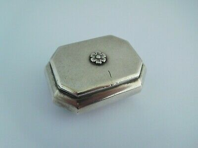 Good Quality Early 19Th Century Solid Silver Snuff Box