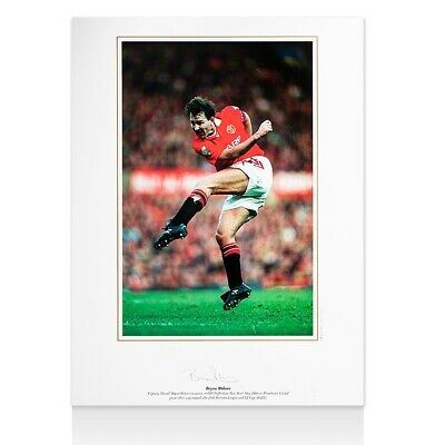Bryan Robson Signed Manchester United Photo - 1994 Autograph